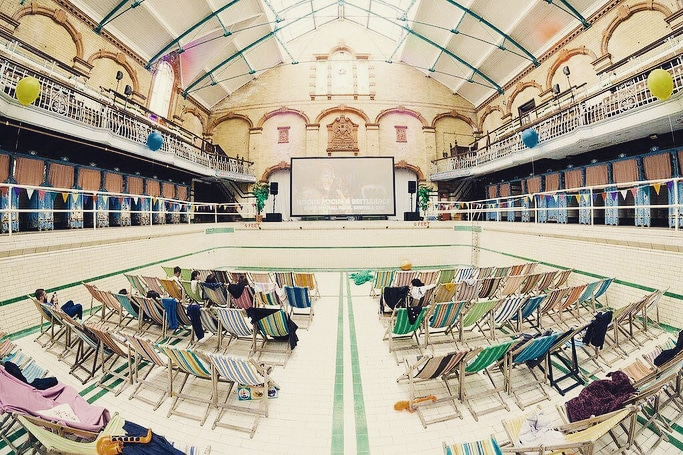 Victoria Baths Will Be Transformed Into A Retro Cinema For A Screening Of Jurassic Park