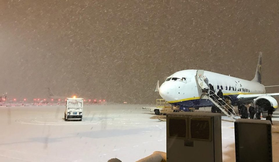 A Runway Has Been Re-Opened At Manchester Airport