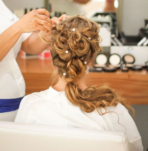 Manchester Hairdressers Will Be Taught How To Support Victims Of Domestic Violence