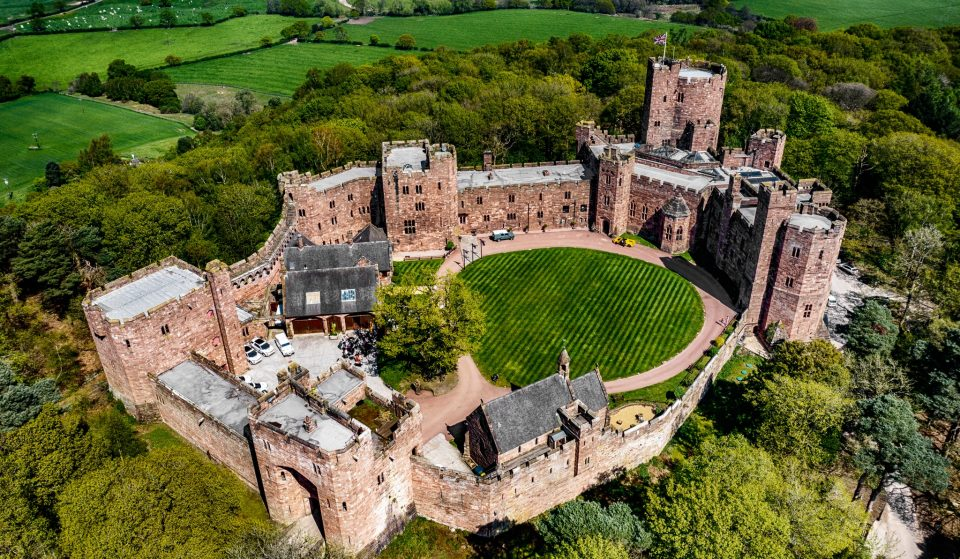 5 Fairytale-Like Castles Near Manchester That Make For The Perfect Adventure